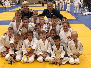 Foto's gemaakt door: HAARLEM - Een aantal judoka's van de Kings zijn zondag 24 september actief geweest in het hol van de leeuw, bij Kenamju thuis. Kenamju organiseerde in Haarlem namelijk de Spaarneteamkampioenschappen.